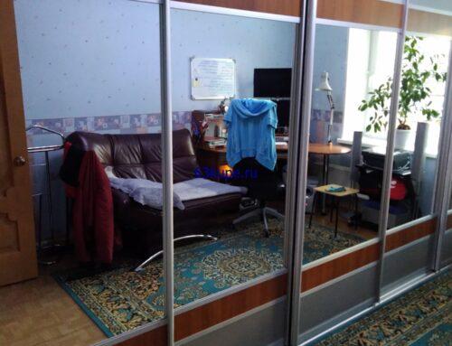 Встроенный шкаф купе в комнату