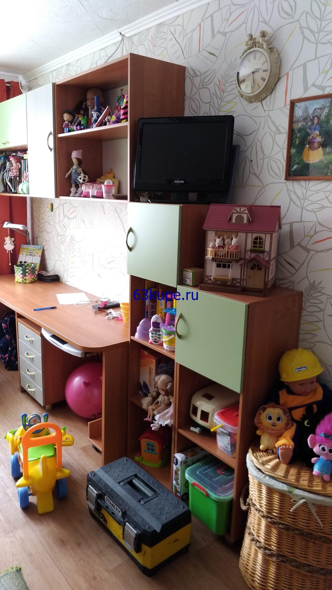 Набор мебели в детскую