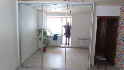 зеркальный шкаф купе
