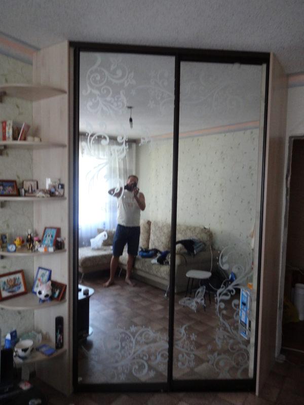 шкаф купе пескоструйный рисунок на зеркалах