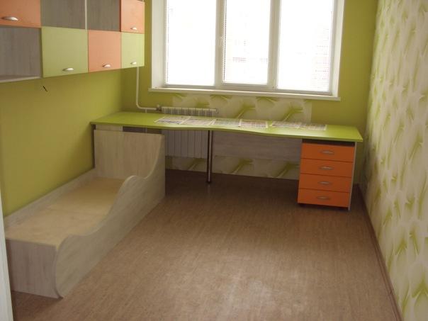 комплект мебели в детскуб комнату